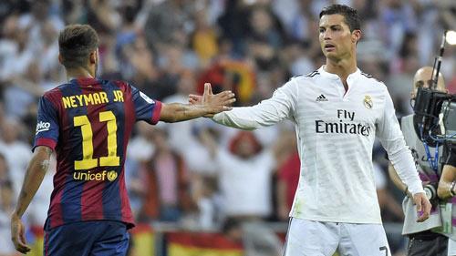 CR7 khen Depay, Hazard, miễn cưỡng nói về Neymar - 1