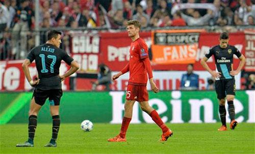 Bayern - Stuttgart: Đến sàn diễn của Muller - 2