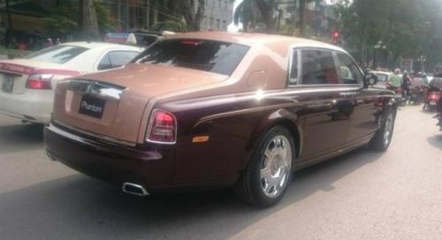 """Rolls-Royce Phantom Lửa thiêng 50 tỷ """"náo loạn"""" đường phố HN - 2"""