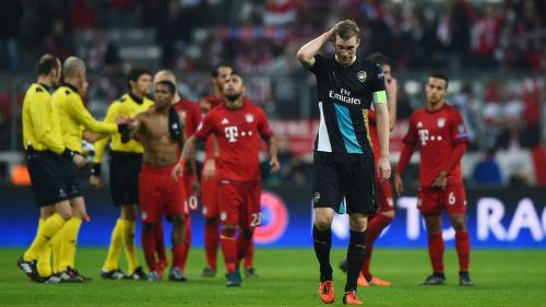 Arsenal: Tổn thất lực lượng, tổn thương tinh thần - 1