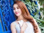 Thời trang Hi-tech - Hotgirl khoe vẻ đẹp thùy mị bên smartphone