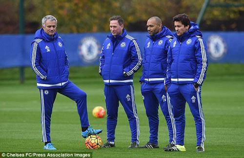 Stoke - Chelsea: Một chiến thắng, nhiều niềm tin - 2