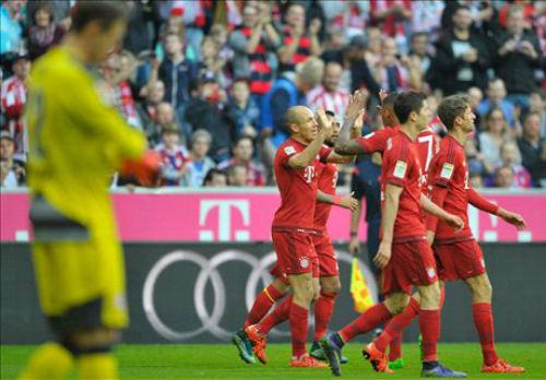 Bayern - Stuttgart: Không thể chống đỡ - 1