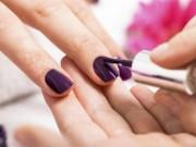 Sức khỏe đời sống - Những hoá chất độc hại đằng sau việc sơn móng tay