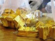 Tài chính - Bất động sản - Nhà đầu tư bán tháo, giá vàng giảm mạnh