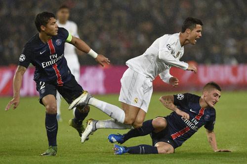 """""""Ronaldo nói tiếng Pháp tốt, sẽ tới PSG năm sau"""" - 2"""