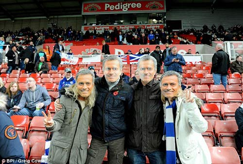 Chelsea tiếp tục sa lầy: Tất cả chống lại Mourinho - 3