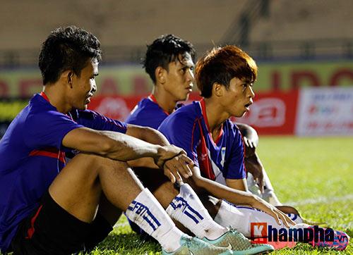 Trọng tài Việt Nam bị cầu thủ CLB của Myanmar tấn công - 5