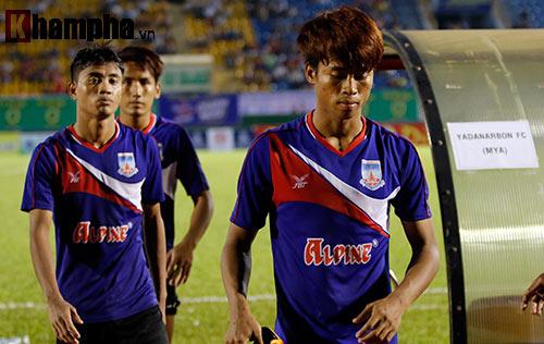 Trọng tài Việt Nam bị cầu thủ CLB của Myanmar tấn công - 8