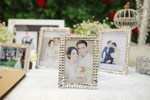 """Tú Vi - Văn Anh """"khóa môi"""" ngọt ngào trong đám cưới cổ tích - 22"""