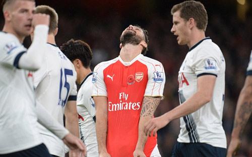 Arsenal hòa chật vật, Henry chê bai thầy cũ Wenger - 2