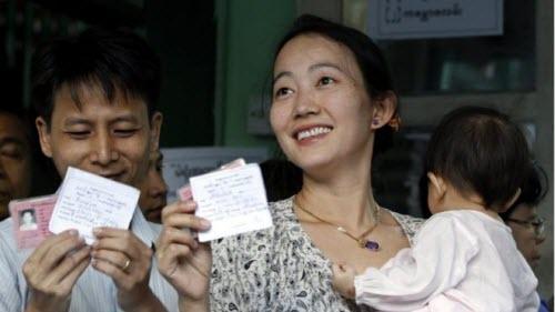 Ảnh: Toàn cảnh cuộc bầu cử lịch sử tại Myanmar - 1