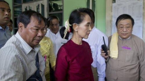 Ảnh: Toàn cảnh cuộc bầu cử lịch sử tại Myanmar - 4