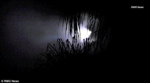 Hải quân Mỹ thử tên lửa, dân ngỡ UFO xuất hiện - 2