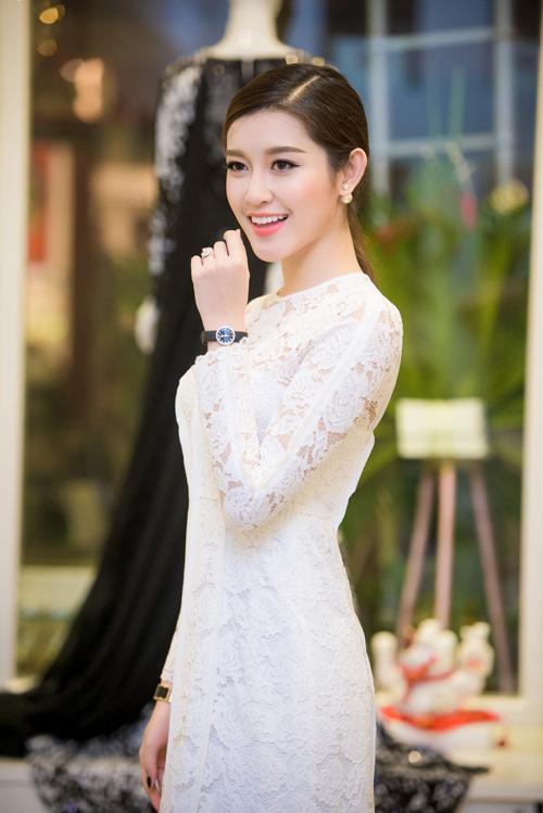 Hoa hậu Kỳ Duyên diện túi hiệu trăm triệu đi dự tiệc - 5