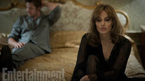 Nhiều cảnh nóng, phim của Angelina Jolie vẫn bị chê nhạt - 2