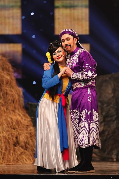 Màn hát cải lương hit Sơn Tùng khiến Trấn Thành cười nghiêng ngả - 2