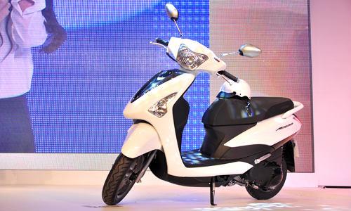 """Yamaha Acruzo sẽ """"khuynh đảo"""" thị trường xe ga? - 1"""