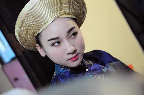 Ngất ngây với vẻ đẹp của cô đồng trẻ nhất Hà thành - 2