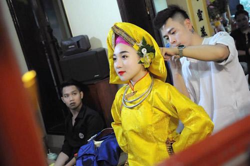 Ngất ngây với vẻ đẹp của cô đồng trẻ nhất Hà thành - 6