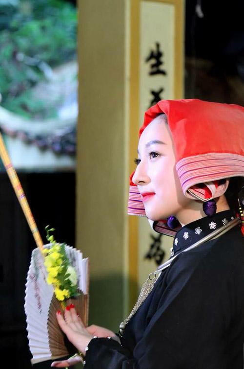 Ngất ngây với vẻ đẹp của cô đồng trẻ nhất Hà thành - 7