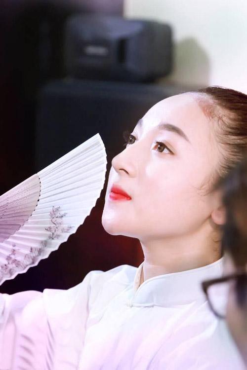 Ngất ngây với vẻ đẹp của cô đồng trẻ nhất Hà thành - 15