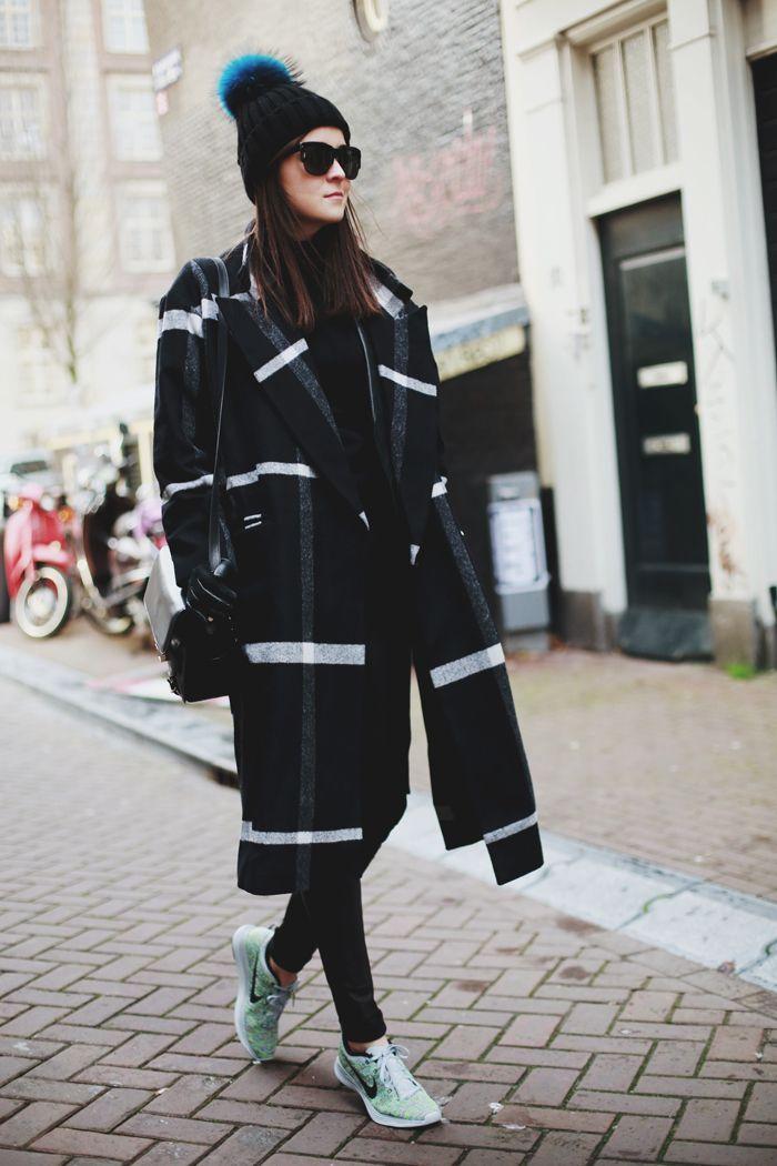 Bí quyết diện áo khoác và giày thể thao đẹp như ngôi sao - 6