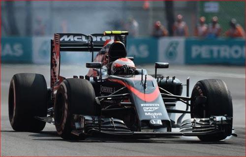 """Nhìn lại Mexican GP: Vận đen của """"chiến mã đỏ"""" (P2) - 2"""