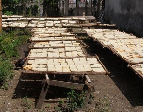 Kinh hoàng công nghệ sản xuất cơm cháy chà bông - 4