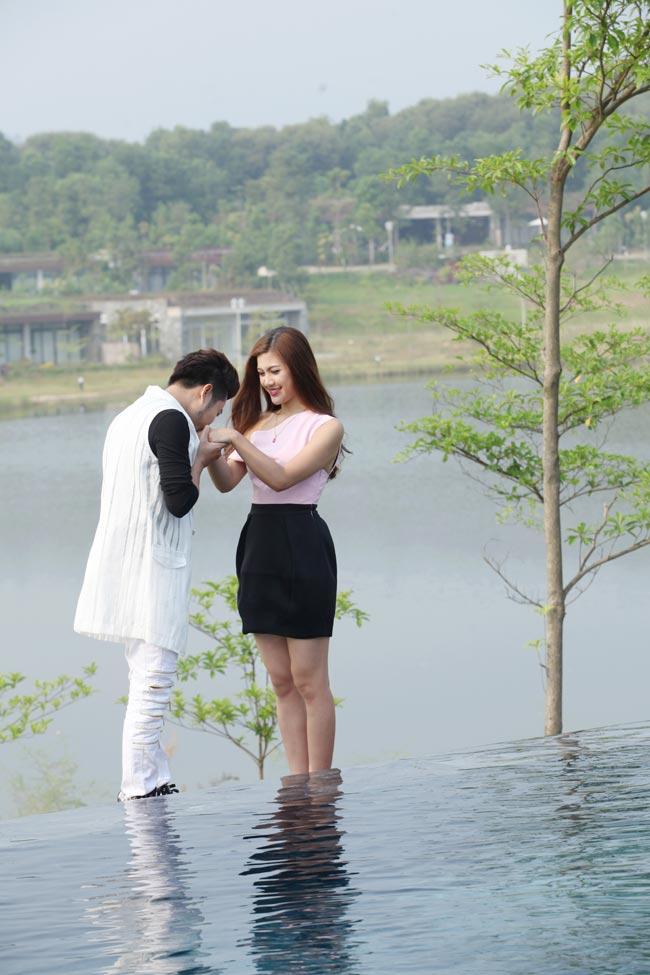 Ảnh cưới nóng bỏng của hoa khôi sinh viên Hà Nội - 10