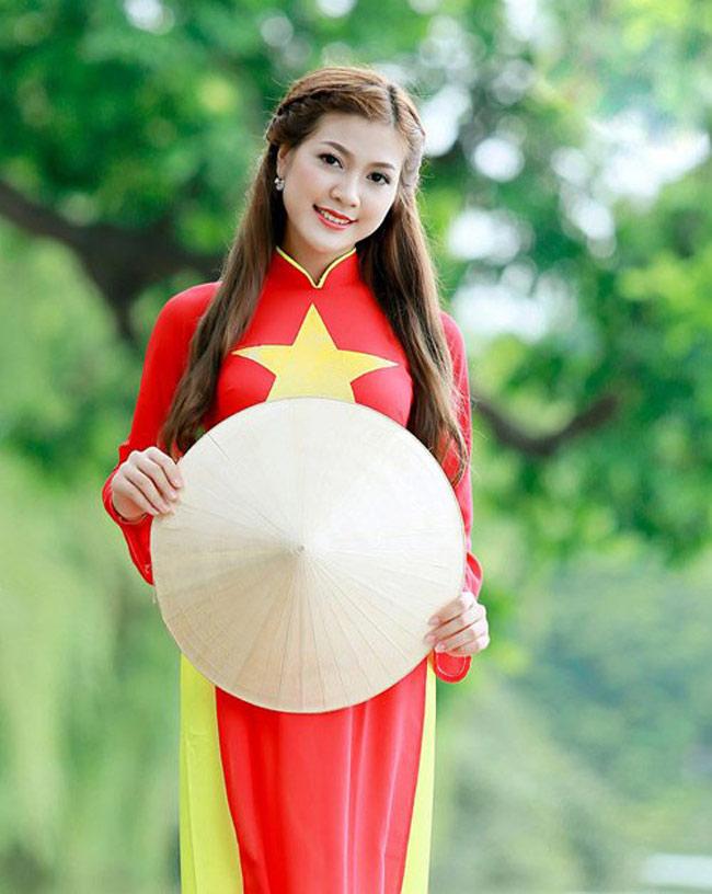 Ảnh cưới nóng bỏng của hoa khôi sinh viên Hà Nội - 2