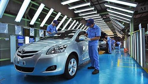 Doanh số tiêu thụ xe nội địa giảm, xe nhập tăng - 1