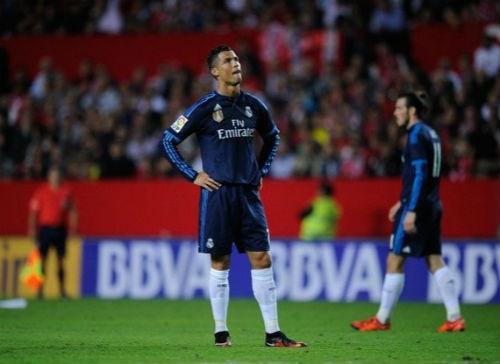 """Ronaldo sa sút, báo thân Real ra tay """"bắt bệnh"""" - 1"""