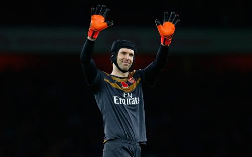 """""""Người nhện"""" ở Premier League: Cech vượt De Gea - 2"""