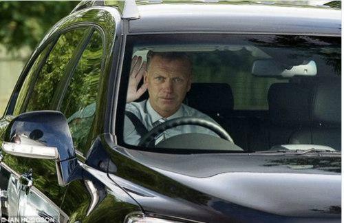 """Mourinho hết đặc biệt, Moyes thành """"Người được chọn"""" - 2"""