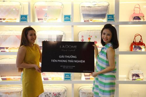 Lien 'A trao quà 12,990,000 vnđ cho 4 khách hàng may mắn đầu tiên - 4