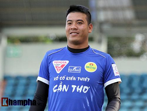 Bi hài thủ môn ĐT Việt Nam bị sa thải do lỗi đánh máy - 2