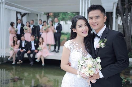 Bộ ảnh cưới siêu dễ thương của Tú Vi - Văn Anh - 2