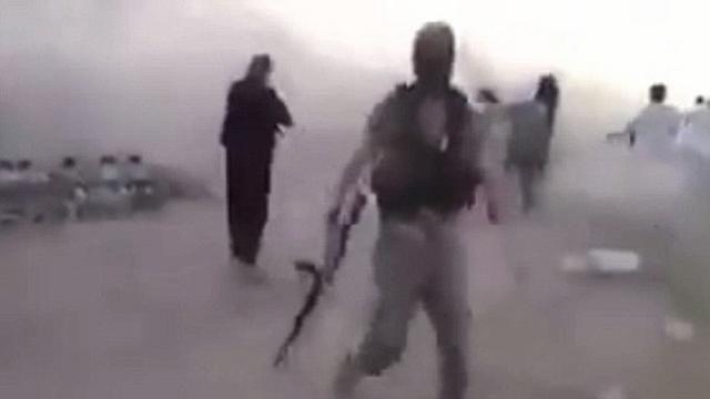 Sự thật đằng sau video 200 trẻ em bị IS hành quyết - 2