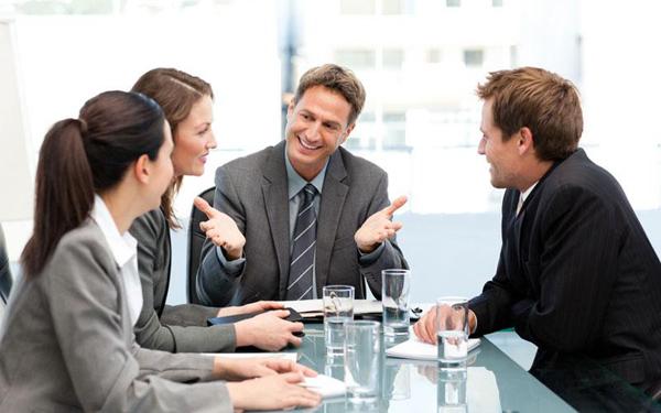 Nhân viên năng suất làm gì trong 10 phút đầu tiên tới công sở? - 1
