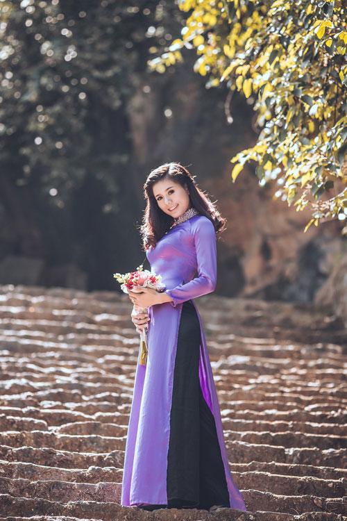 """""""Nữ hoàng điền kinh"""" xinh tươi trong trang phục áo dài - 9"""
