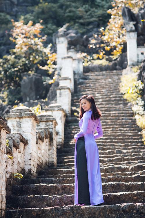 """""""Nữ hoàng điền kinh"""" xinh tươi trong trang phục áo dài - 7"""