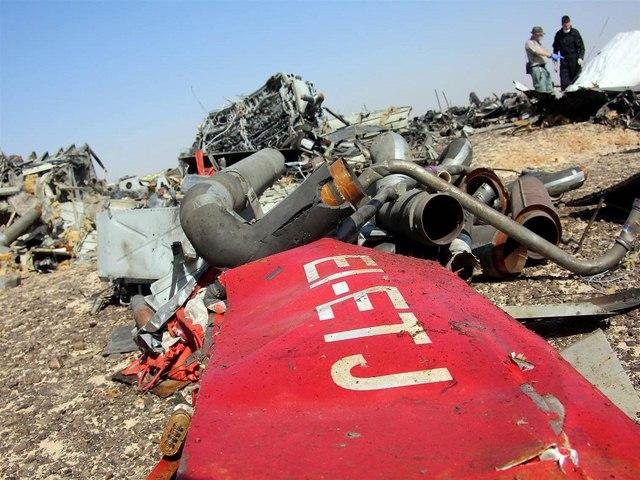 Cần vài tuần để xác định nguyên nhân vụ rơi máy bay Nga - 1