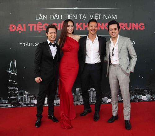 Mai Phương Thúy, Kim Lý chia sẻ với fan bữa tiệc tuyệt vời - 3