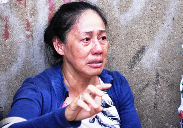 TP.HCM: Dãy ki ốt cháy rụi, tiểu thương rơi nước mắt - 15