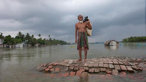 Ảnh: Sống trong cảnh ô nhiễm dễ sợ ở Bangladesh - 10