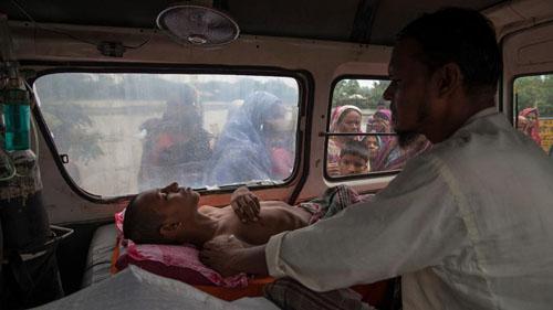 Ảnh: Sống trong cảnh ô nhiễm dễ sợ ở Bangladesh - 14