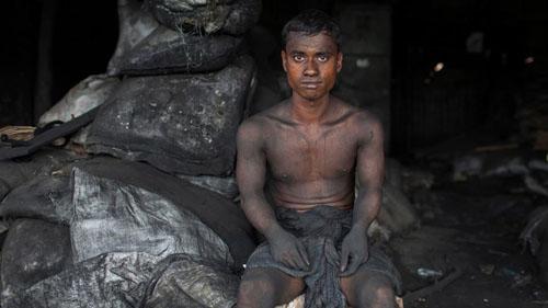 Ảnh: Sống trong cảnh ô nhiễm dễ sợ ở Bangladesh - 8