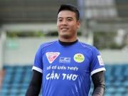 Bóng đá - Bi hài thủ môn ĐT Việt Nam bị sa thải do lỗi đánh máy