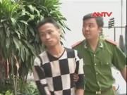 Video An ninh - Hành khách vác dao phay chém tài xế, cướp xe taxi